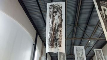 The artwork was displayed on Egyptian cotton. Photo by: Xiletelo Mabasa.